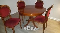 Salle a manger table + 4 chaises Voltaire