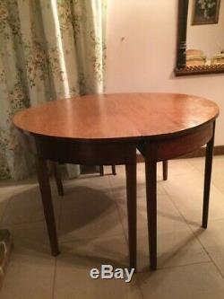 Table ronde anglaise ancienne 4 a 6 personnes